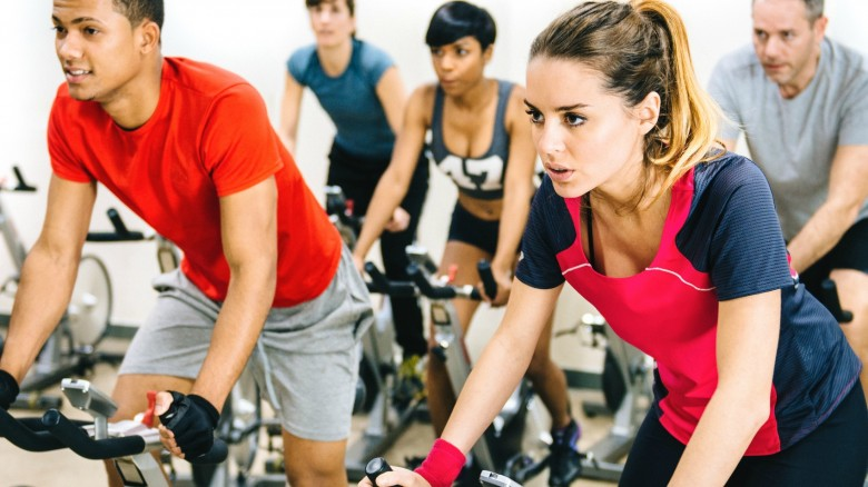 I 5 benefici dello spinning: un workout divertente e tonificante